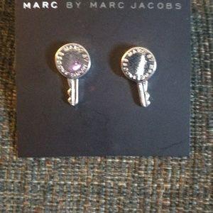 Marc by Marc Jacob earrings key & Logo